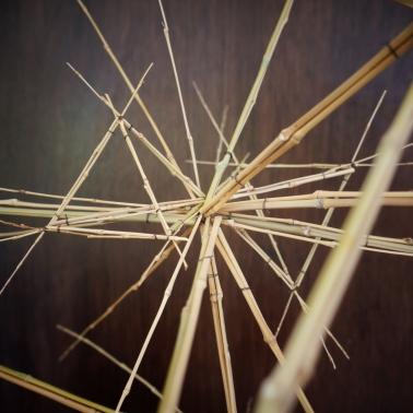Sculpture 18 – 2020 – bambou, fil de fer – L 180 x P 100 x H 82 cm